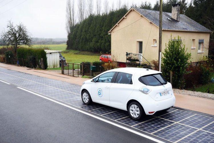 Un pueblo francés construyó la primera «ruta solar»