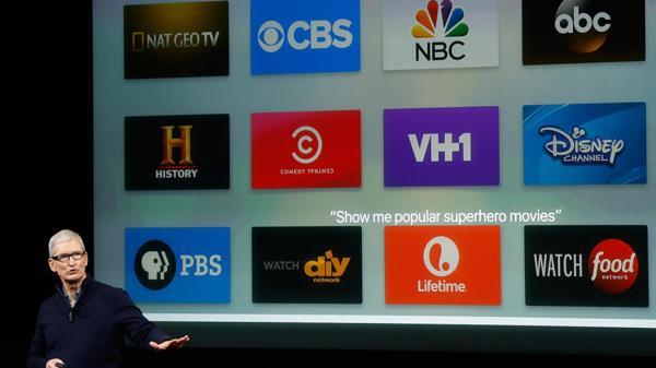 El director ejecutivo de Apple, Tim Cook, durante la presentación de la cuarta generación de Apple TV en octubre (AFP)