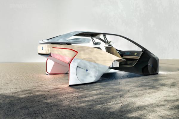Vista trasera del futurista estudio de diseño de BMW que pone el foco en el confort más que en las prestaciones deportivas típicas de la marca