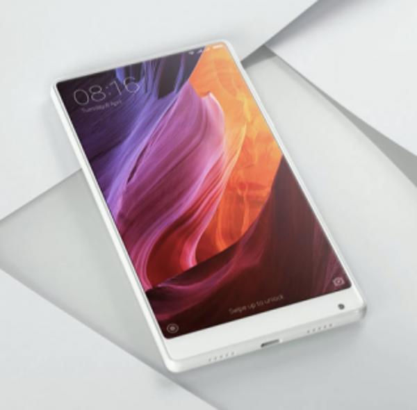 Mi Mix de Xiaomi integró el giroscopio y la cámara a la carcasa, de ese modo logró un display de mayores dimensiones que los teléfonos de la competencia
