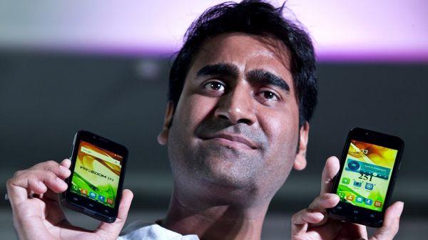 Cayó por estafa el empresario indio que prometió el celular más barato del mundo
