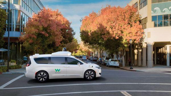 Google acusó a Uber de robo de tecnología de autos sin conductor