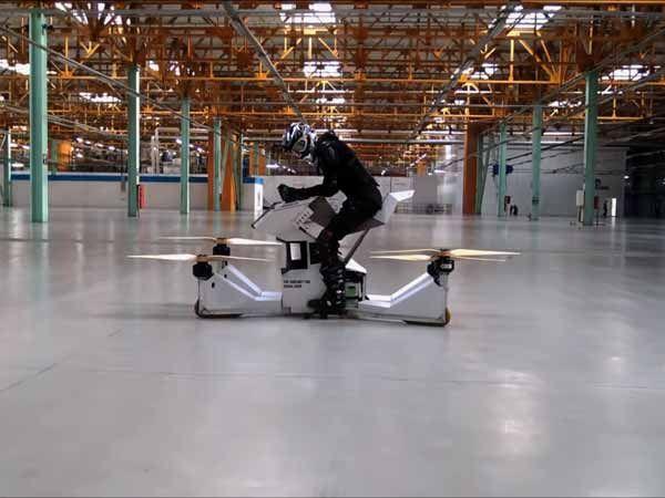La primera hoverbike tripulada que acerca a la motocicleta voladora del futuro