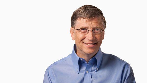 Para Bill Gates la automatización liberará a las personas para trabajos en donde la empatía y la comprensión humanas son irreemplazables, como en la educación y el cuidado de ancianos