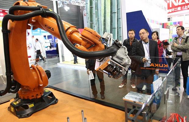 Una fábrica china reemplazó al 90 por ciento de sus empleados con robots