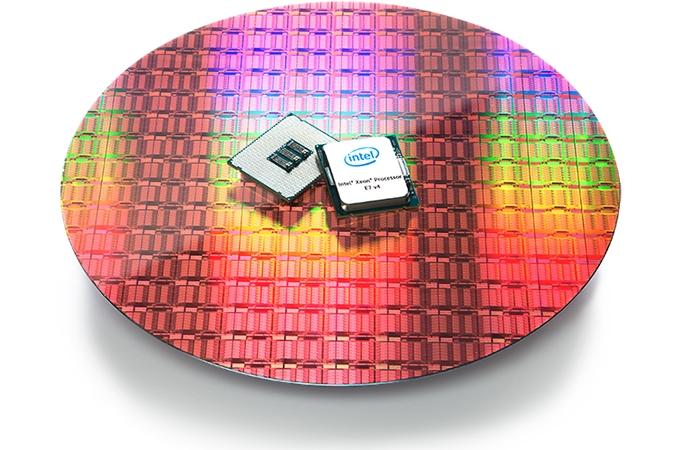 Xeon E7-8894 V4: Nuevo procesador de Intel con 24 núcleos