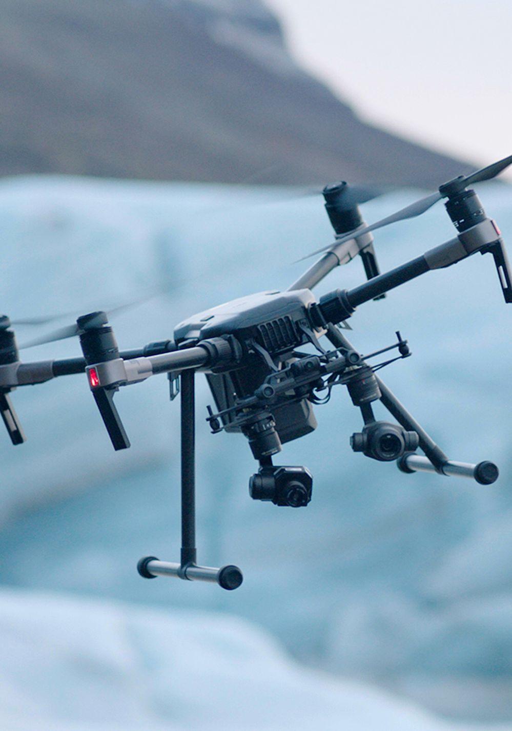 Cómo funciona el drone inteligente con asistente virtual integrado