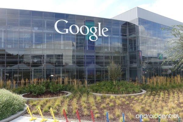 Más temprano que tarde, surgirán otros Silicon Valleys en el mundo, y Google quiere que sus productos sean el aire que se respire en todos ellos.(google.com)