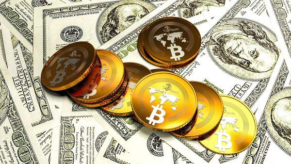 Fuerte caída del Bitcoin tras el rechazo a la petición para cotizar en la bolsa estadounidense