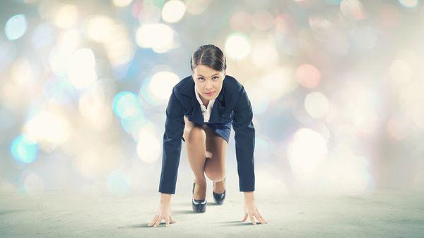 Además de acoso sexual las mujeres sufren discriminación más sutil en el trabajo y una presión constante por ser amables y a la vez competitivas. (Shutterstock)