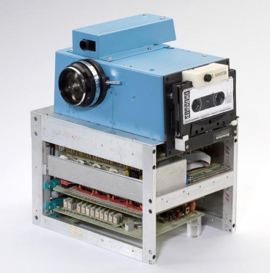 La primera cámara digital tenía una resolución 1000 veces menor que ahora