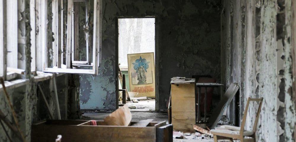 A 31 años de la explosión de Chernobyl, el pueblo fantasma atrae a turistas que desafían el peligro radiactivo