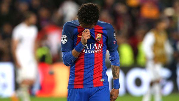 Neymar fue suspendido por aplaudir al cuarto árbitro (Reuters)