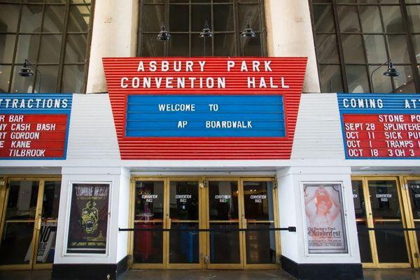"""El """"Convention Hall"""" supo ser sede de estrellas legendaria como Bruce Springsteen, Elton John, Frank Sinatra, y los Rolling Stones (iStock)"""