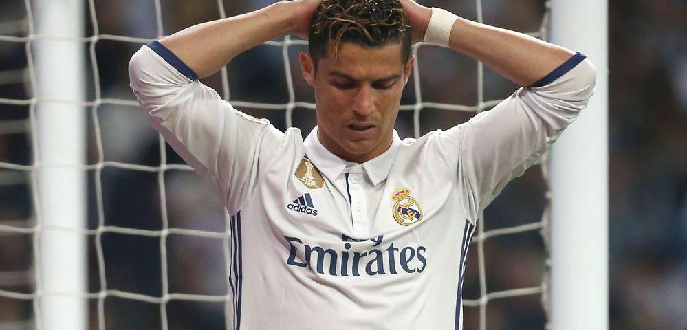 Así reaccionó Cristiano Ronaldo ante los dos goles de Lionel Messi