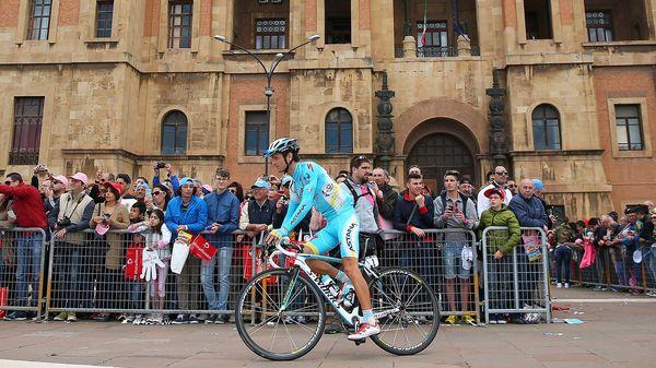El italiano Michele Scarponihabía sido elegido capitán del equipo Astana(Getty Images)