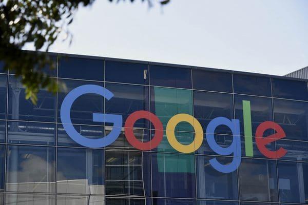 """Google se conforma, por ahora, con hacer """"máquinas un poco menos tontas"""""""