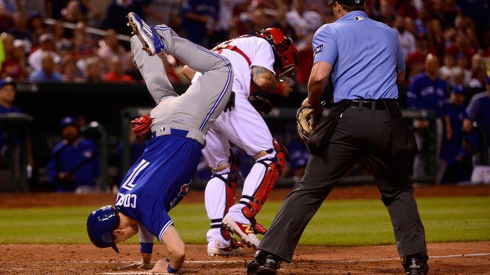 La acrobática jugada de un beisbolista que sólo se había visto en Hollywood