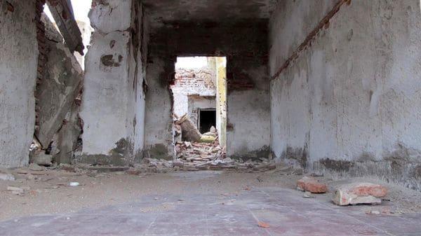 Una de las tantas construcciones que fueron destruidas por la inundación