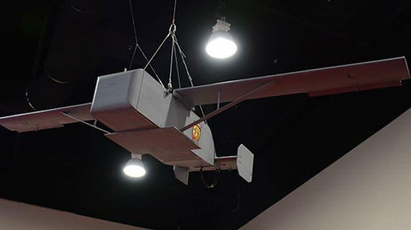 Drone desechable a prueba en el Laboratorio de Guerra de la Marina estadounidense