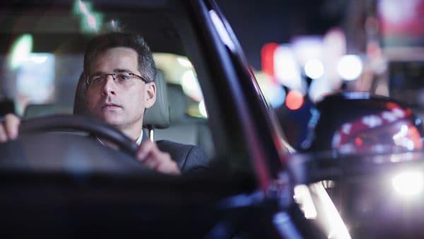Los conductores no suelen sufrir este malestar porque su comportamiento es activo (iStock)