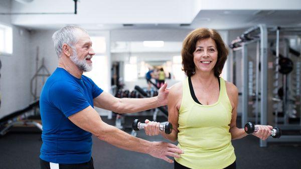 Para la gente adulta es más dificil ejercitarse (iStock)