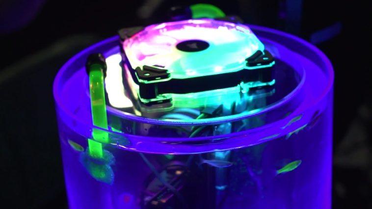 Sea Drive: Un ordenador dentro de una pecera… con peces vivos