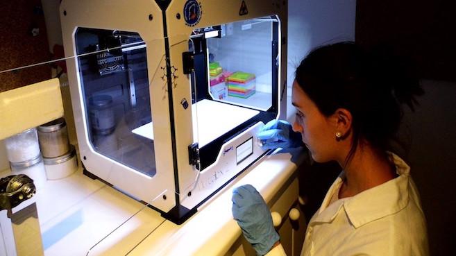 Investigadores españoles logran imprimir hueso y cartílago humano en 3D