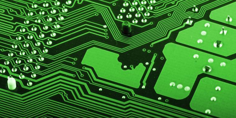 ¿Por qué los circuitos impresos son verdes?