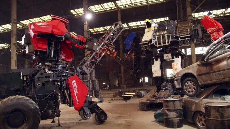 Eagle Prime vs. Kuratas: ¡Mira aquí la primera batalla de robots de la historia!