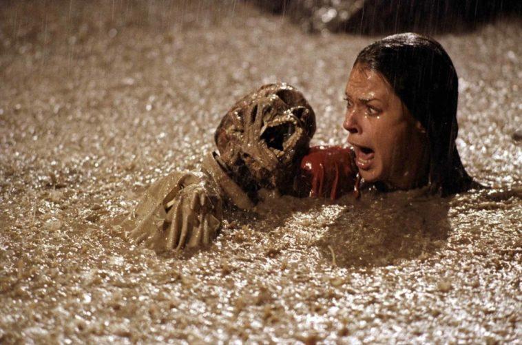Poltergeist: Los esqueletos reales usados en la película de terror